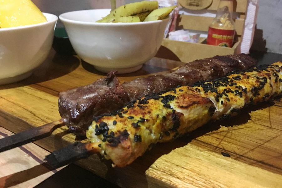 celeiro_espetos_e_mais_carne_frango